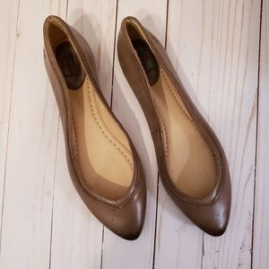FRYE Gray Taupe Leather Pointed Burnished Toe Flat